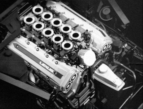 Lexus-LFA-2010-16