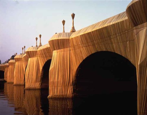 christo_javacheff_the_pont_neuf_paris_2