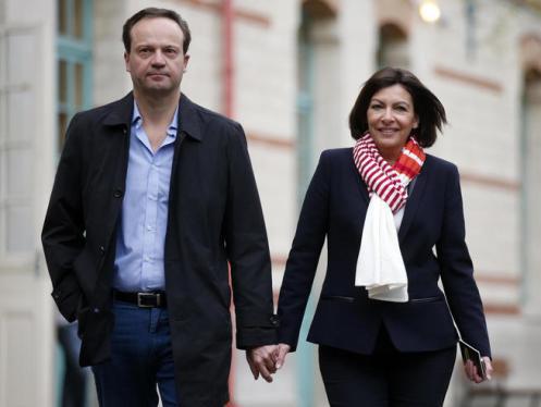 anne-hidalgo-y-jean-marc-germain-el-dia-de-las-elecciones-municipales-francesas-en-marzo-de-2014-reuters