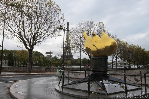 flame-of-liberty-in-paris-frankreich-13008-800