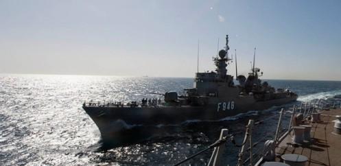 iran-envia-buque-de-guerra-al-golfo-de-aden-en-yemen-656x320