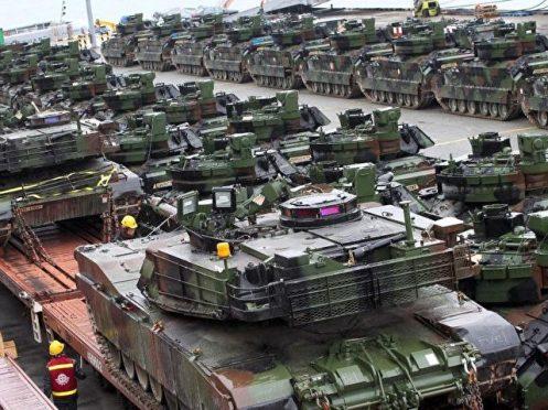 urn-newsml-dpa-com-20090101-160330-99-404980_large_4_3_us-battalion_von_m1a2_abrams_kampfpanzern__die_usa_planen_eine_komplette_panzerbrigade_in__osteu-640x480