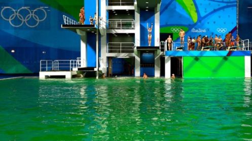 Piscina-verde-Rio-2016