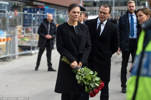 3F10CEB100000578-4392974-Crown_Princess_Victoria_pictured_looked_visibly_upset_as_she_lai-a-16_1491650825541