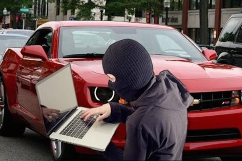 hackear-coche-portatil
