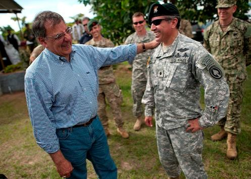 panetta_greets_US_SF_April_23_2012-496