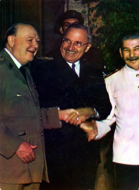 Potsdam_conference_1945-5