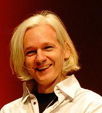 200px-Julian_Assange_26C3