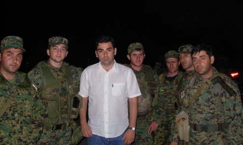 Principe-Davit-con-los-soldados-georgianos-resistiendo-a-la-invasi-252B-25C2-25A6n-rusa-en-agosto-de-2008
