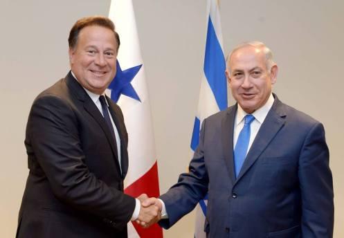 Juan-Carlos-Varela-y-Biniamín-Netanyahu-Foto-Avi-Ohayon-GPO-vía-Facebook