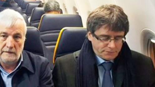 84653_el_expresidente_profugo_y_el_empresario_josep_maria_matamala_en_su_viaje_de_bruselas_a_copenhague___foto__la_sexta_