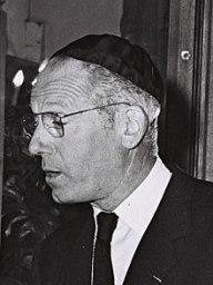 220px-Alain_de_Rothschild_1964