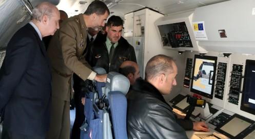 rey-felipe-vi-servicio-aereo-guardia-civil-281014