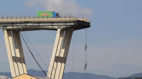genova-puente-kAfB--620x349@abc