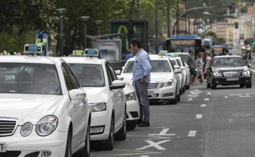 taxis-donostia-knmB-U50238352163xIC-624x385@Diario Vasco