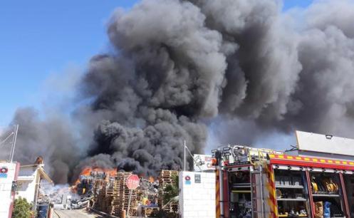 incendio-elche-kDgF-U501424010987MBC-624x385@Las Provincias