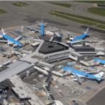 Leves accidentes sin heridos anuncian grandes catástrofes. Dos aviones en Ámsterdam-Schiphol (americano y británico el primero rumbo a Madrid), dos ferrys en Venecia, y un portaaviones buque insignia de la ´British Royal Navy´ que hace agua.
